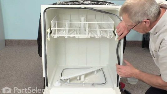dishwasher-leaking-from-the-front