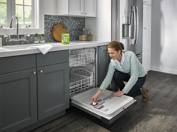 what is a dishwasher rinse aid